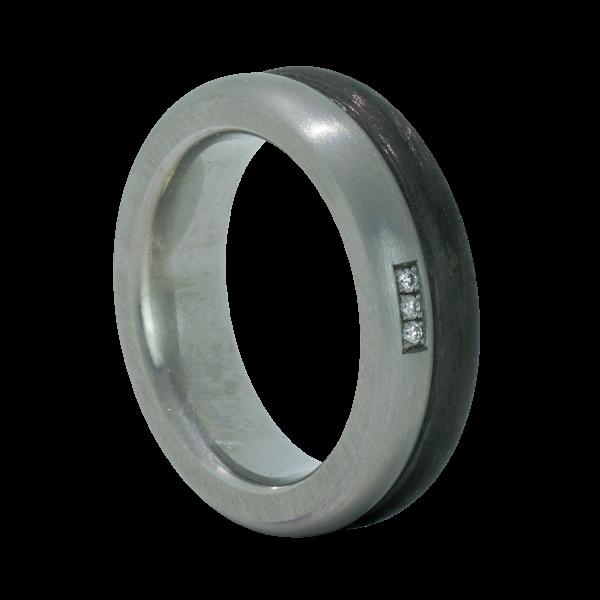 Edelstahl Ring mit Carbon Einlage und 3 Brillanten